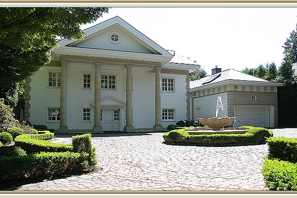 classicist villa with indoor pool in d sseldorf. Black Bedroom Furniture Sets. Home Design Ideas